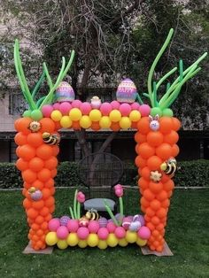 Balloon Decorations & Balloon Arches from The Balloon People Balloon Columns, Balloon Arch, Balloon Garland, The Balloon, Balloon Decorations, Easter Bunny Decorations, Easter Decor, Easter Games, Balloon Animals