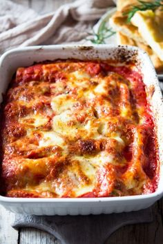 Spinach And Ricotta Canneloni, Spinach Cannelloni, Cannelloni Recipes, Top Recipes, Veggie Recipes, Pasta Recipes, Mexican Food Recipes, Vegetarian Recipes, Vegetarian
