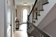 Glamorous Victorian in Yorkville: The arched front door lets the sunshine in.