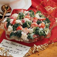 This Christmas Crunch Salad, which serves 16 to 18 is the perfect make ahead salad for a crowd. It's the perfect colors to add to your Christmas table and will have everyone singing your praises.