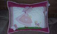Almofada patchwork Sunbonnet   Meu Cantinho artesanato   Elo7