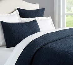 Belgian Flax Linen Floral Stitch Quilt/Sham king/Cal. King, midnight