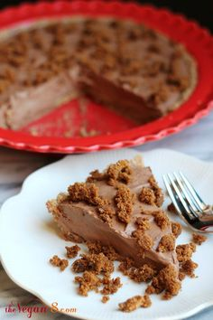 Raw Chocolate Gingersnap Mousse Pie