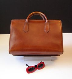 Leather bag vintage / bag unisex leather / Leather satchel bag / sacoche old French / laptop / tablet / Working girl / tote travel business