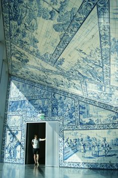 blue rooms, da música, pattern, tile, casa da, rem koolhaas, mural, white interiors, design