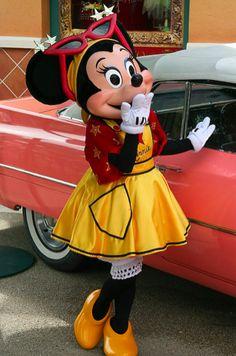 Minnie Mouse always looks amazing! <3