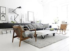 Home interior decoration ideas including modern, Scandinavian, Victorian, high-end design & even more. View our most current design pointers as well as home improvement insights. Black And White Interior, White Interior Design, Scandinavian Interior Design, Home Interior, Black White, Scandinavian Style, Swedish Design, White Wood, White Walls