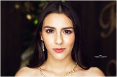 Modelo: Samantha Schwan Fotografia: Ulisesgarciafotografia instagram @ugfotografia #makeup #pestañas #productshoot #model #makeupartist #book #agency #agencia #mexico #mty #revista #modelos #navideña #shooting #girl #fashion #moda #ulises #sam #closeup #maquillaje #retrato #portrait #modelagency #runway #revista #magazine #fashion #moda #rp