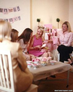 How to plan the perfect baby shower.