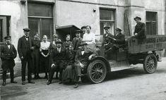 Kuvahaun tulos haulle vanha auto valokuvat Antique Cars, Antiques, Vehicles, Vintage Cars, Antiquities, Antique, Car, Old Stuff, Vehicle