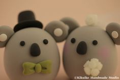 Hey, I found this really awesome Etsy listing at https://www.etsy.com/listing/189158157/koala-wedding-cake-topper