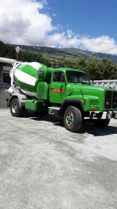 Mixer Truck, Concrete Mixers, Busse, Big Trucks, Cement, Cars And Motorcycles, Coca Cola, Europe, Construction