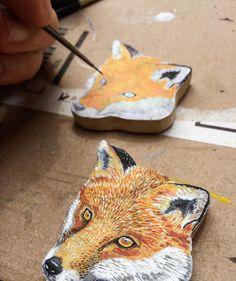 #art #London #illustration #jewellery #commission #recycled #wood #handpainted #miniature #britishanimals #britishwildlife #orange #artist #fox