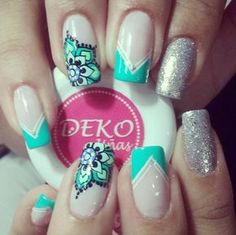Roadblocks To Weight Loss Diy Nails Manicure, Gelish Nails, Gel Nail Designs, Cute Nail Designs, Hair And Nails, My Nails, Mandala Nails, Nail Polish Art, Flower Nails