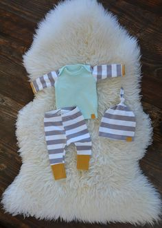 baby boy coming home outfit / take home outfit / hospital outfit / newborn outfit - chryssafashion-ideas Newborn Fashion, Baby Boy Fashion, Baby Outfits Newborn, Baby Boy Newborn, Baby Boy Outfits, Baby Baby, Kids Fashion, Take Home Outfit, Coming Home Outfit