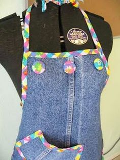 Apron from old jeans Gloucestershire Resource Centre http://www.grcltd.org/scrapstore/
