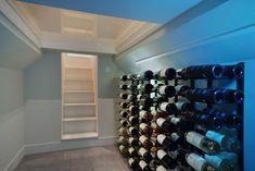 Wijnkelder met beloopbaar glas | Studioschaeffer B.V. Transformatie van garage naar moderne woning met tuin. De wijnkelder bevindt zich onder de hal en is aan de bovenzijde voorzien van beloopbaar glas. Wine Rack, Storage, Modern, Furniture, Home Decor, Purse Storage, Homemade Home Decor, Trendy Tree, Larger