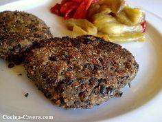Hamburguesa de lentejas, receta vegetariana y baja en calorías http://www.cocina-casera.com/2014/03/hamburguesa-lentejas-vegetariana-receta-ligera.html Vía: @cocinacasera1