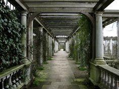 The Pergola in Hampstead Heath, London by Laura Nolte, via Flickr