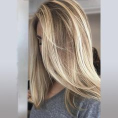 5 besten lila Shampoo-Marken 5 Best Purple Shampoo Brands- The Best Purple Shampoo In Its Price Rang Lila Shampoo, Blonde Hair With Highlights, Balayage Blond, Chunky Highlights, Carmel Blonde Hair, Hair Color Pictures Highlights, Ombre On Blonde Hair, Blonde Hair On Brunettes, New Hair
