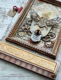 Bird crafts with feathers tim holtz ideas for 2019 Feather Crafts, Bird Crafts, Paper Crafts, Tim Holtz Blog, Bird Tattoo Wrist, Bird Graphic, Making Greeting Cards, Paper Tags, Animal Cards