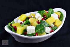 Salata cu spanac, ananans si feta - CAIETUL CU RETETE Fruit Salad, Salads, Fruit Salads