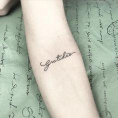 Tattoo caligráfica! Valeu a confiança ##art #arte #ink #inked #tattoo #tatuagem #finelinetattoo #tatuagemcaligrafica #fineline #tatuagemfeminina
