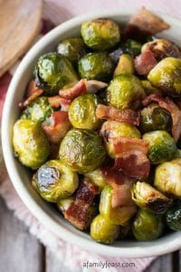 Brussel Sprouts Recipe Oven, Brussels Sprouts, Roasted Sprouts, Brussel Sprouts With Bacon, Roasted Bacon, Bacon Recipes, Vegetable Recipes, Cooking Recipes, Bacon Food