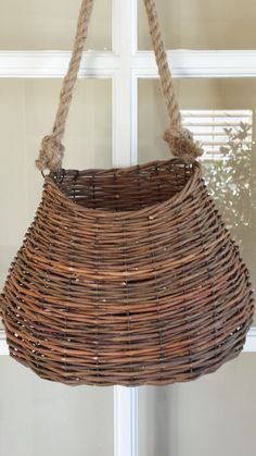 Willow wall basket, hanging wall basket, cottage decor, beach decor cottage chic…
