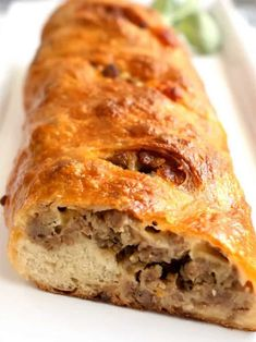 This Sausage Bread is not only absolutely delicious, but also insanely easy to make. It uses three ingredients that are readily available in the grocery store, and makes incredible leftovers. Talegate Food, Food Porn, Good Food, Sausage Appetizers, Sausage Recipes, Cooking Recipes, Breakfast Dishes, Breakfast Recipes, Breakfast Casserole
