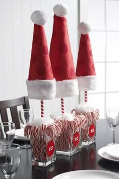 Centre de table de Noël fait avec des cannes de bonbon!