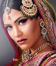 ❋Indian Bride❋Laya Indian Accessories, Bridal Accessories, Pakistani Bridal, Indian Bridal, Bridal Beauty, Bridal Makeup, Wedding Jewelry Sets, Bridal Jewelry, Indian Wedding Gowns