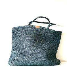 Women S Fashion Mail Order Catalogs Crochet Market Bag, Crochet Tote, Knit Crochet, Creative Bag, Net Bag, Reusable Bags, Knitting For Beginners, Knitted Bags, Crochet Accessories