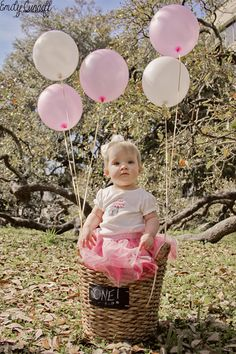 Photography: Emily Cunniff Photography | 2015 One Year Old Photo Shoot Jacksonville, FL  #emilycunniffphotography #photography #childrensphotography #jaxphotographer #oneyearoldphotoshoot #babygirl #oneyearold #naturallight #jacksonville #florida