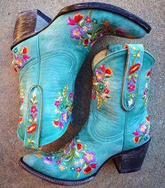 Old Gringo Sora Aqua Cowgirl Boots L841-8 at RiverTrail in North Carolina. #aqua #cowgirlboots #oldgringo