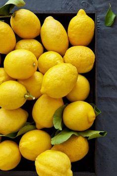 Le citron est riche en vitamine C et en anti-oxydants immunitaires et stimulants.