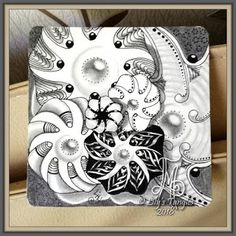 Lily's Tangles: 17. Weekly tiles