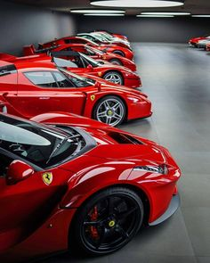 The best cars from Ferrari. Who doesn't know Ferrari's car brand, a car company that only produces luxury, classy and sporty cars. Ferrari is one of the classy car brands in the world, and there are still many other best car brands besides Ferrari. Ferrari F40, Maserati, Blue Lamborghini, Mercedes Benz, F12 Tdf, Pretty Cars, Best Luxury Cars, Amazing Cars, Hot Cars
