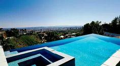 Uz zase chci mít tenhle vyhled.  :( a je jedno jaká to bude nemovitost. Hlavně  s podobným pohledem na LA :3