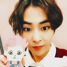 ❣ XiuMin ❣ 150626 • 시우민 Exo paper toy | © EXO-M weibo update | #xiucoffee #시우민 #우민 #秀敏 #金珉錫 @xiurista90 .  Forever inlove with his eyes
