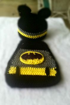 Newborn Batman Hero Hat and Cape Costume Crochet by SublimeCrafts