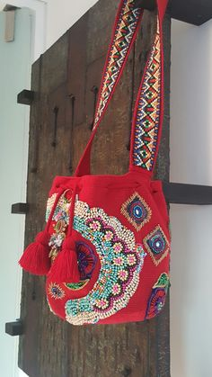 Embroidery Bags, Beaded Embroidery, Crochet Hobo Bag, Hippie Bags, Art Bag, Tapestry Crochet, Clothes Crafts, Crochet Accessories, Handmade Bags
