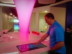 A preview of @ConstantContact's InnoLoft. Very cool space @InnovationAndy. pic.twitter.com/GKCovXQQjE