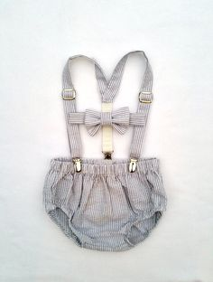 Cake Smash Outfit Boy, Cake Smash Boy, Baby Boy Photo Outfit, Photography Props, Baby Boy, Four Tiny Cousins, Bow Tie Suspenders Set by fourtinycousins on Etsy https://www.etsy.com/listing/255339778/cake-smash-outfit-boy-cake-smash-boy
