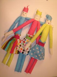 Saído da Casca, boneca de pano Perna-Longa
