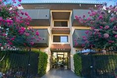 *****Canyon Village. North Hollywood. $950-1090. i like it A LOT, but it's a lil more expensive than the others. i'd give it 4 stars if it weren't for the price. http://www.apartments.com/rent/North-Hollywood-CA/Canyon-Village/313587.1?SearchCriteria=Un8OTHlC78c73HzjWhZQ5xQDWmc47WAy9RyUokEx/sLoQPwiN0xzK8lZooPQYW4fHjLshydtsyyNiaK4xvPEPTnRB7uOR3Obr3JAsRtQA- QolUck3YrCw44a6mygaeB4aQEahwbFw34D9aK0G53T4CWTMyxIAl74KaZXxZ4bOf6AZe- NjuzMjQ===7=fc0292e1-06e9-4bb9-b710-8fd92eea399c=CityStateOrZip=S
