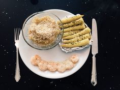 Child @ Heart Lunch: (looks like a smiley face) Oven roasted baby sweetcorn with coconut oil & basil, boiled quinoa (cook with a 1 part quinoa grain to 1.5 parts liquid ratio) some prawns & all sprinkled with sesame seeds -gluten free -low carbohydrate -dairy free -post workout