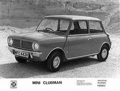 old mini clubman - Google Search Classic Mini, Classic Cars, Ford Rs, 70s Cars, Mini Cooper Clubman, Black And White, The Originals, Ebay, Honda
