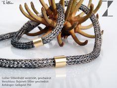 Collier Silberdraht verstrickt, geschwärzt   Verschluss: Bajonett Silber geschwärzt  Anhänger: Gelbgold 750  http://www.atelier-zellhuber.de/index.php/schmuck.html  #handgefertigt #Silber #gestrickt #Gold #Silber geschwärzt