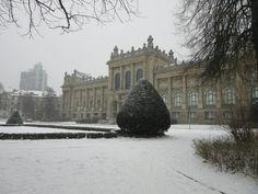 HANNOVER Niedersächsisches Landesmuseum im Schnee  hanover germany